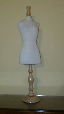 Half Scale Female Half Body Pinnable Dress Form Table Top Display Size6