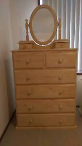 Single wooden bedroom suite Glenmore Park Penrith Area Preview
