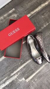 Guess size 8.5 flats