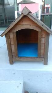 small wooden dog kennel Hurstville Hurstville Area Preview