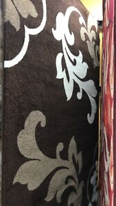 Flea Market in Courtice has a Big Sale on Mats Carpets Rugs Tom!