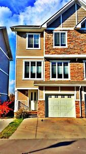 BEAUTIFUL 3-BDRM TOWNHOUSE W/ ATTACHED GARAGE IN MORINVILLE