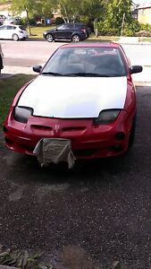 2000 Pontiac Sunfire GT Coupe (2 door)