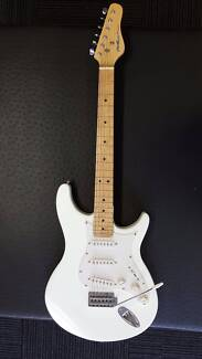 Behringer Electric Guitar