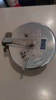 Alvey and sons fishing reel