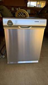 Simpson Silencio Model 855 Stainless Steel Dishwasher Sans Souci Rockdale Area Preview