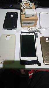 *Good Condition* White Samsung S5 16GB UNLOCKED. Accessory+Cases Kwinana Town Centre Kwinana Area Preview