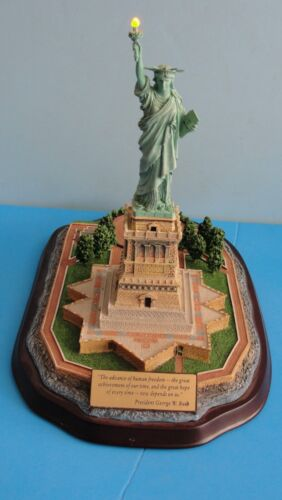 DANBURY MINT LIGHTED STATUE OF LIBERTY SCULPTURE WITH PRES GEORGE W BUSH PLAQUE