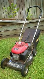Greenfield GSV190 Honda Lawn Mower Middle Ridge Toowoomba City Preview