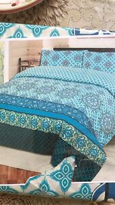 Three pieces bed sheet for sale... queen size