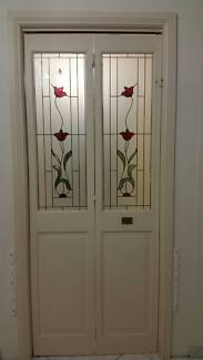 cheap bifold door good condition with tracks Hinchinbrook Liverpool Area Preview
