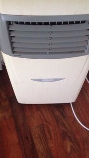 Arlec air conditioner split system Caboolture South Caboolture Area Preview