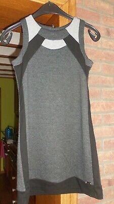 Magnifique robe IKKS esprit mode en taille 12 ans