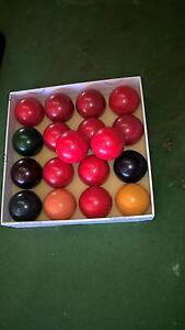 billiard table with 10 sticks Lalor Whittlesea Area Preview