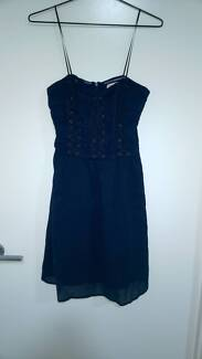 Lace front detail navy dress- Size 8
