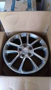 "Genuine Jeep Grand Cherokee Larado 18"" X 8"" Alloy Wheels Lakes Entrance East Gippsland Preview"