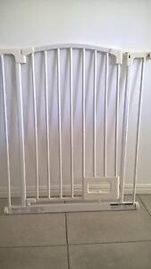 PERMA BRAND Child Safety Gate (Never Used - No Box) Deception Bay Caboolture Area Preview