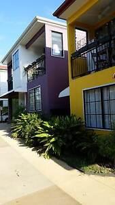 18m² Studio w. En-suite, Balcony in WEST END, A/C, Pool, Internet West End Brisbane South West Preview
