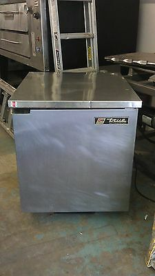 True Tuc 27- Undercounter Refrigerator W Sold Door Stainless Steel