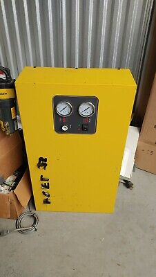 Kaeser Desiccant Air Dryer. Professional Grade With Multiple Attachments 7-40cfm