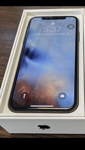 IPhone X 256GB Apple Warranty - 4 cases and selfie stick