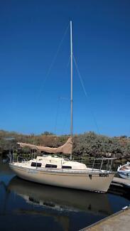 Trailer Sailer Sabre 22 Mark2 ready to sail