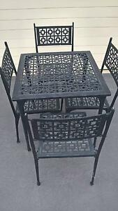 CAST ALUMINIUM TABLE & 4 CHAIRS Grasmere Camden Area Preview