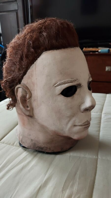 Michael Myers Hero Mask Sinister Studios Smoke Free Home.