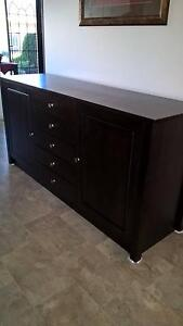 BUFFET / DINING ROOM CABINET Lakes Entrance East Gippsland Preview