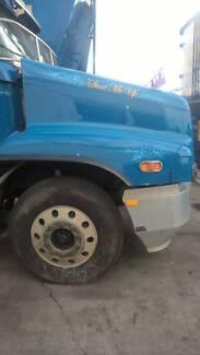 truck bonnet