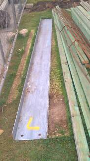Steel beam and uprights. almost new,