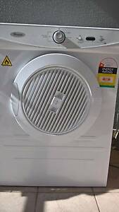 WHIRLPOOL 6kg Dryer in Excellent Condition Dee Why Manly Area Preview