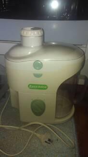 Easy juicy fruit vegetable juicer