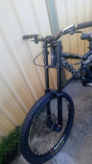 Downhill racing bike