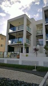 WATER FRONT,Spacious unit 3bed 2bath 2car wih lift 9 in block. Biggera Waters Gold Coast City Preview