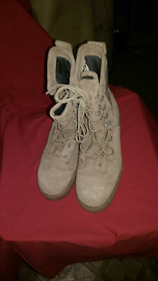 BATES, BOOTS COLD WEATHER GORETEX, DESERT TAN, SIZE 5 1/2 - WIDE, GREAT SHAPE.