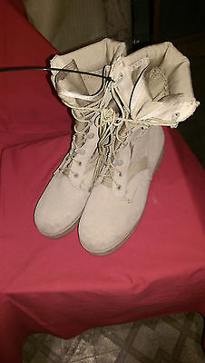 G.I. ISSUE,BOOTS HOT WEATHER DESERT TAN, SIZE 5- 1/2- REG ,, GOOD SHAPE.