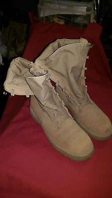 G.I. ISSUE, BOOTS HOT WEATHER  DESERT TAN, SIZE 6-REG, GREAT SHAPE.