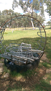 Hay bale feeders Gum Flat Inverell Area Preview