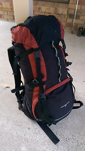 Black Wolf Hiking Bag (85 ltr) Taringa Brisbane South West Preview
