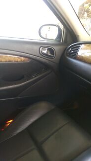 Selling luxury  2005 s type jaguar in excellent condition Koongal Rockhampton City Preview