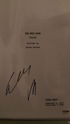 Elisabeth Moss Signed The West Wing Pilot Script 60 Pages Psa Dna Coa