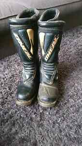 Motocross boots Narre Warren South Casey Area Preview
