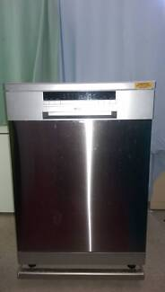 Stainless Steel Dishwasher with cutlery slide out rack