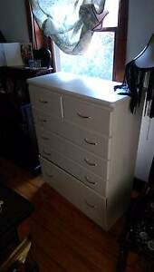 Matching chest of drawers Thornbury Darebin Area Preview
