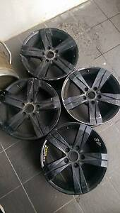 "Holden Commodore 17"" wheels 2 x sets Port Melbourne Port Phillip Preview"