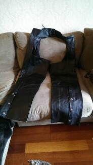Womens Motorcycle Leather Chaps - extra large Alexandria Inner Sydney Preview