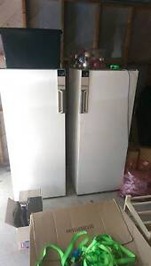 Fridge & Freezer: Westinghouse Silhouette Series II Canberra City North Canberra Preview