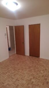 4 1/2 Apartment for rent $750