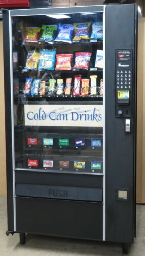 Combination Canned Soda/Snack Vending Machine - LCM4